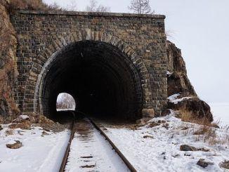 ασπίδα χιονιού στη σιδηροδρομική γραμμή της Άγκυρας Kayseri