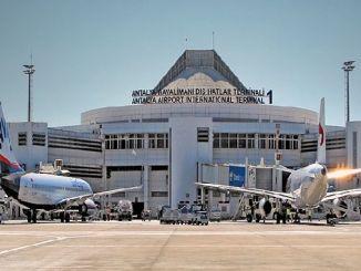 الرحلات الجوية المستأجرة مطار أنطاليا الفائز الأوروبي