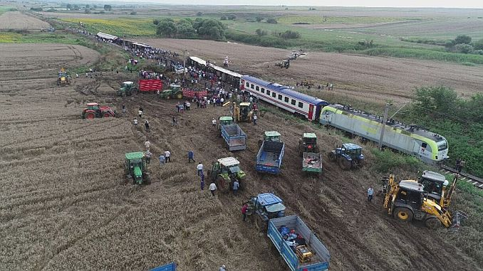 corlu train massacre families will meet at the same time