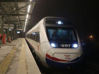 سيتم ربط اثنين من مطارات اسطنبول بواسطة yht