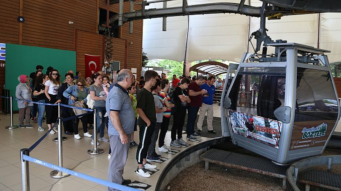 boztepe ropeway in the army carried a thousand passengers per day