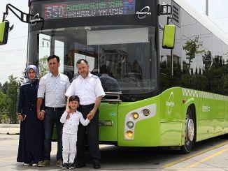 glemt på bussen abdullahs familie boede den anden ferie