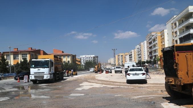sanliurfa buyuksehir boulevard at the same time