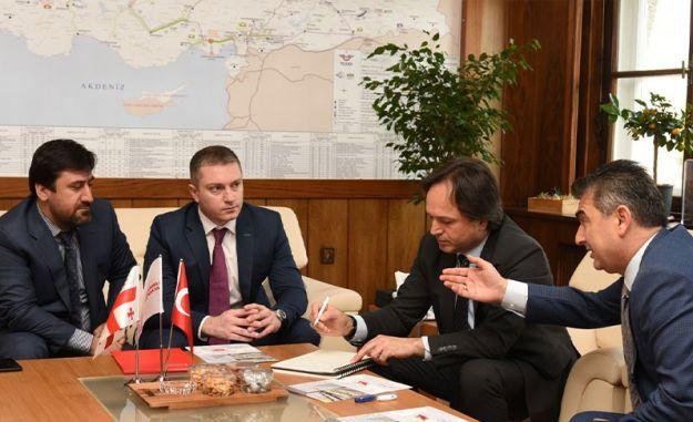 טורקיה גאורגיה עם תנועת הרכבות בין hizlandi
