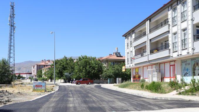 erzincanda broken road and no pavement will remain