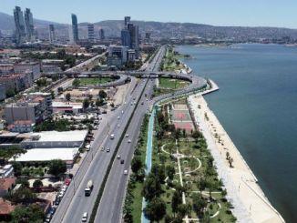 измир трафик за облекчаване на преместването на крайбрежната страна на метрото се разширява