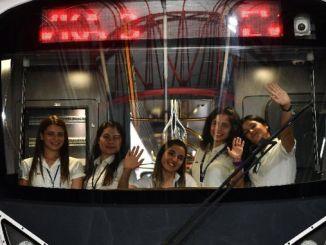 izmirin kadin metro ve tramvay suruculerine yeterlilik belgesi