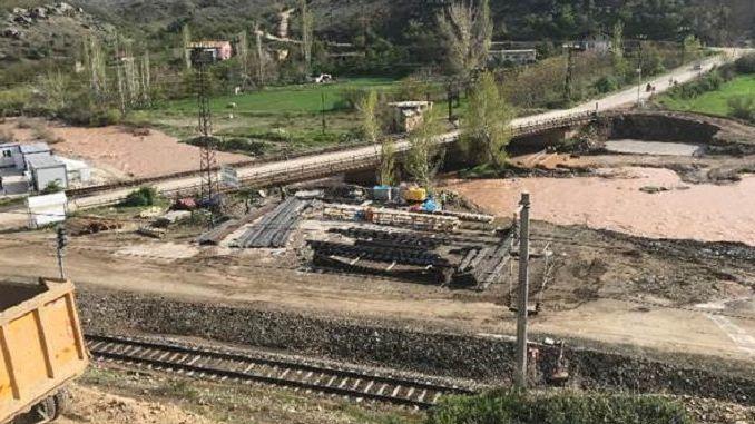 המעבר העליון של כביש קו malatya cetinkaya יושלם בטווח