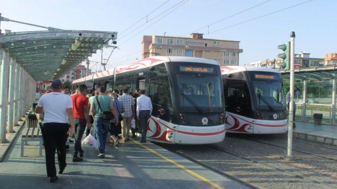 Omu Campus Straßenbahn begann