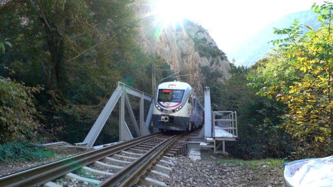 set na produksyon ng diesel tren tuva