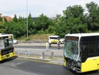 metrobus accident injured in uskudarda