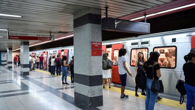Ankara 30 augustdag Offentlig transport gratis