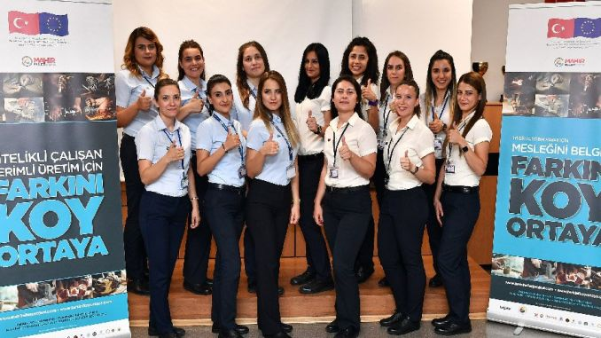 Izmir Becomes Most Female Rail Car Driver