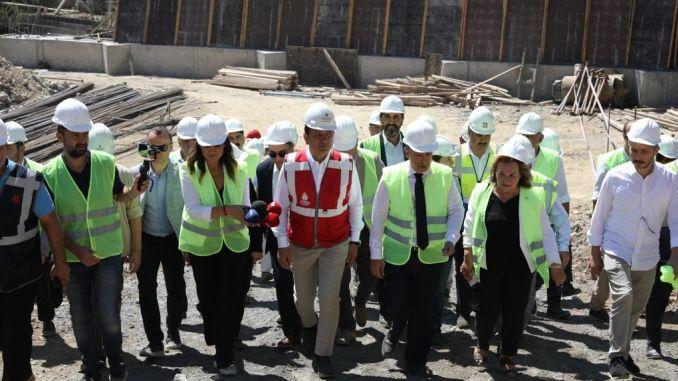 president imamoglu besiktas made examinations in metro excavation area