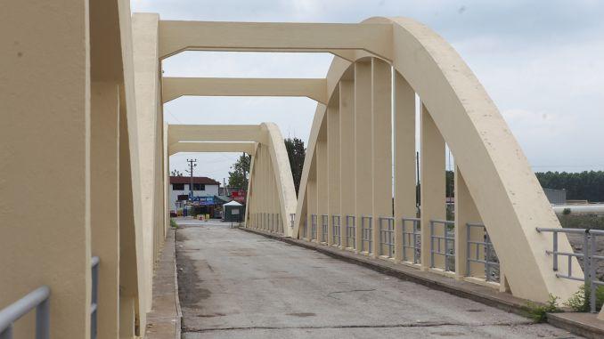 maintenance work continues in the historical sakarya bridge