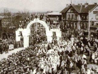 טאָג פון אויגוסט צו קוטאַהיאַ באַליקעסיר ליניע
