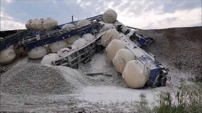 moments when the yuk train derails