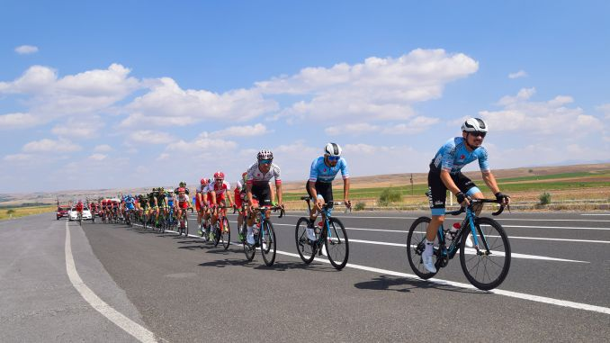 Master Cyclists Pedal for the Olympic Points in Kayseri