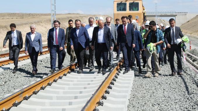 Ubrzava se vrućina za podnošenje željeznice