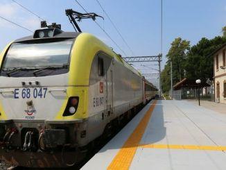 chp kocaeli milletvekili akar tren isinin pesini birakmiyor