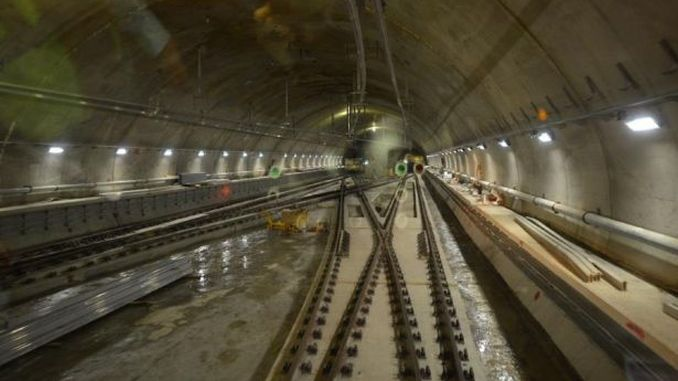 इस्तानबुल के उप-कॉस्ट्यूम घोंसले जैसी मेट्रो सुरंगें आपदाओं का कारण बन सकती हैं