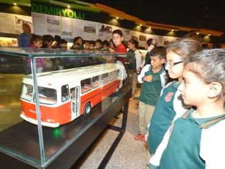 free city culture education will be given to children from izmir