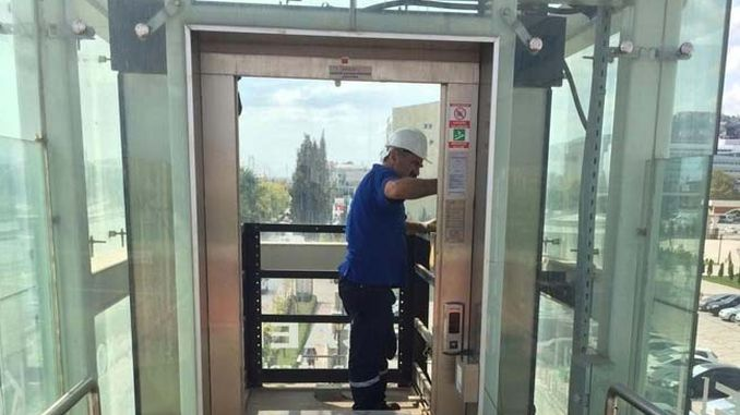 periodic maintenance of elevators and walking staircases located on the upper passages