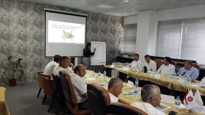 adestramento para o desenvolvemento profesional desde a academia de samulas ata sofor de autobuses