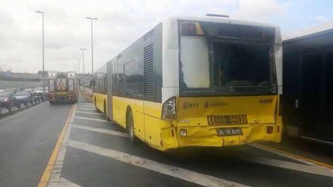halicioglunda metrobus metrobuse carpti injured