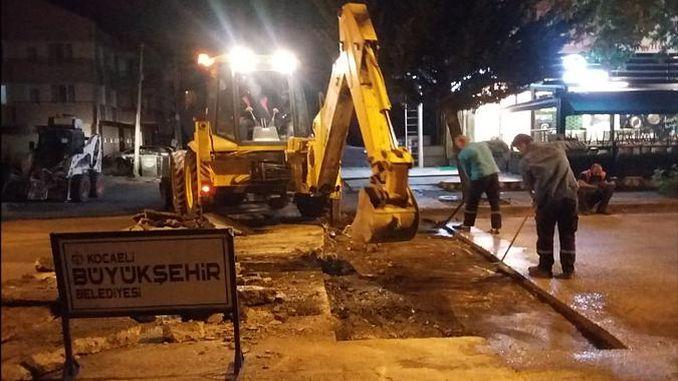 izmitte night asphalt gunduz pavement work