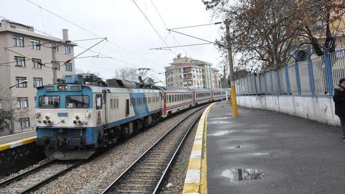 arifiye ankara train service starts