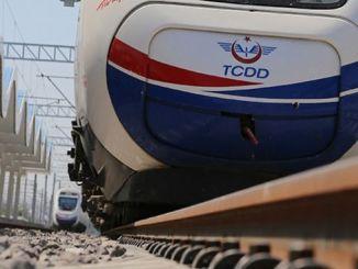 Υπάρχει ένα γρήγορο τρένο μεταξύ του έργου