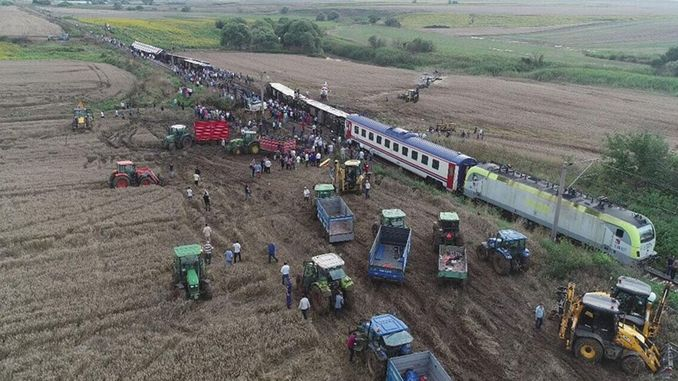 corludaki tren kazasinda yasamini yitirenlerin ailelerinden aciklama
