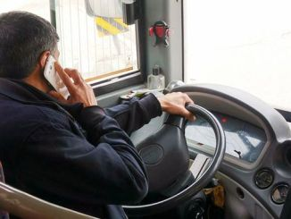 iett and private public bus sofor phone usage decreases in cruising