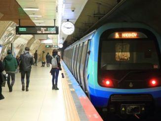 metro istanbul אָנגעשטעלטער פאַרקריפּלט פּאַסאַנדזשערז געבראכט צוזאַמען