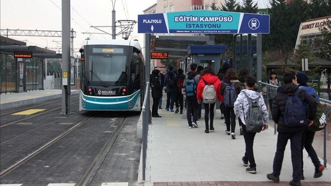 tram line for the beach