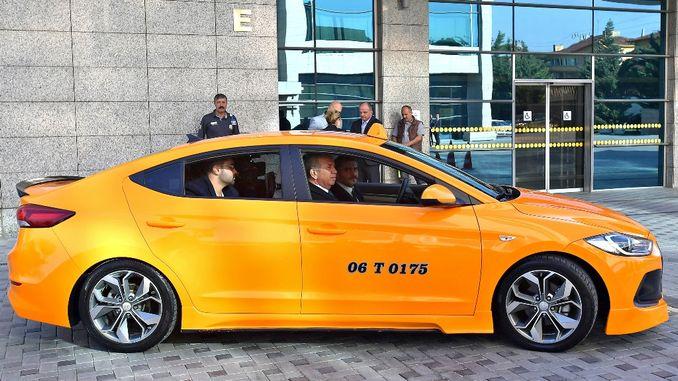 a first ankarada turkiyede smart taxi donemi basliyor