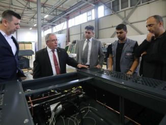 governor from nayir visit yazkar factory