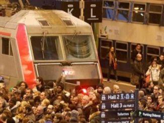 железопътните работници нахлуват в Gare de Lyon