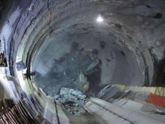 Basaksehir kayasehir metro linka imamoglu není učenlivý zastavil
