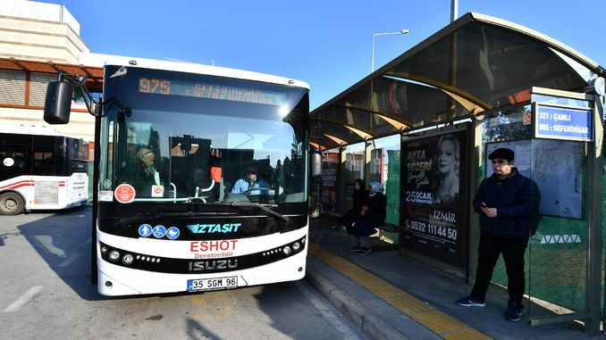 iztasit buses in the first two weeks of the thousand passengers