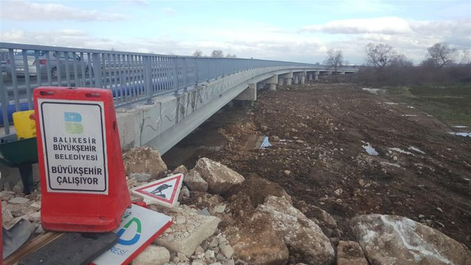 Die Kizilsa-Brücke ist in Ordnung