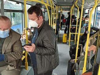 我們的土耳其公民乘坐自我巴士被帶到隔離區