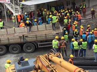 Werknemers werden op het ankara sivas yht-station in quarantaine geplaatst met coronavirusoverhead
