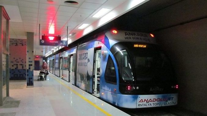 Percentage of public transportation use in Antalya dusted