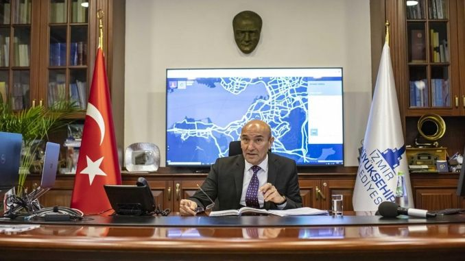 Izmir big city became crisis municipality