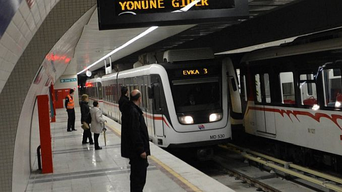 Mourning and free transportation in Izmir was suspended