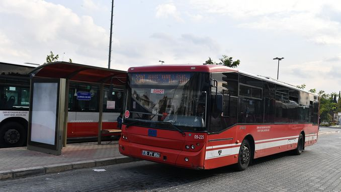 Number of buses is not reduced despite the decrease in the number of passengers in Izmir
