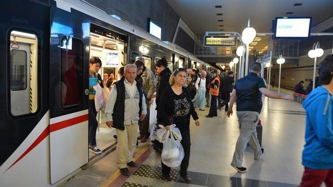 Do not use Izmir public transportation vehicles in risk groups.