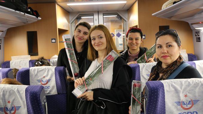tcdd transportation gave women passengers a flower
